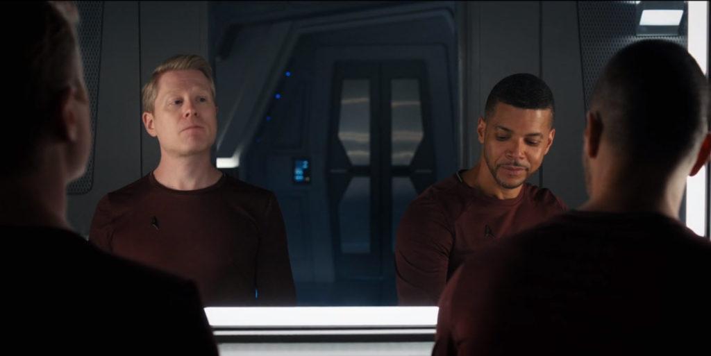 Star Trek Discovery S01E12 Vaulting Ambition - Stamets e Culber revivem a cena do espelho